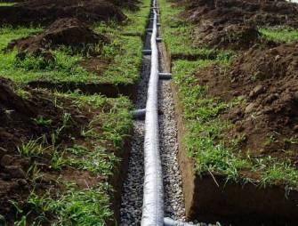 монтаж системы отведения воды посредством дренажных труб